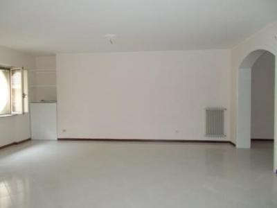 Vai alla scheda: Appartamento Affitto - Capua (CE) - Rif. 450DZ