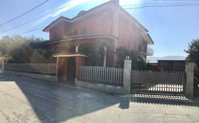 Vai alla scheda: Villa singola Vendita - Avella (AV) - Rif. 8332