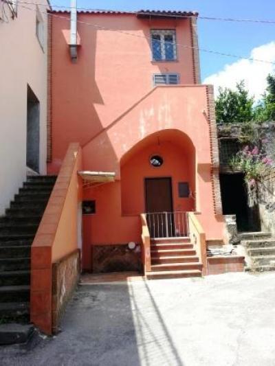 Vai alla scheda: Casa Semindipendente Vendita - Ottaviano (NA) - Rif. 7938