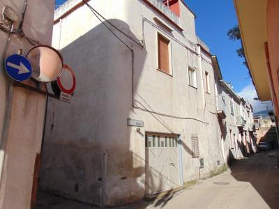 Vai alla scheda: Casa Semindipendente Vendita - Avella (AV) - Rif. 8103
