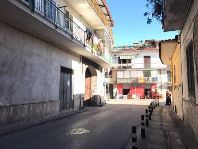 Vai alla scheda: Attività Commerciale Vendita - Afragola (NA) | Centro - Rif. 8147
