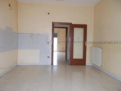 Vai alla scheda: Appartamento Affitto - Santa Maria Capua Vetere (CE) | Zona Corso - Rif. 350RV
