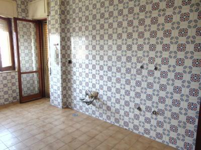 Vai alla scheda: Appartamento Affitto - Santa Maria Capua Vetere (CE)   Zona Tribunale - Rif. 420VKSMCV1