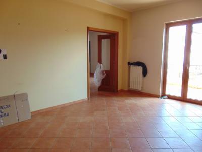Vai alla scheda: Appartamento Affitto - Avella (AV) - Rif. 8417