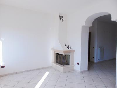 Vai alla scheda: Appartamento Vendita - Mugnano del Cardinale (AV) - Rif. 8430