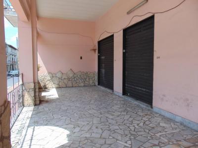 Vai alla scheda: Locale Commerciale Affitto - Sperone (AV) - Rif. 8441