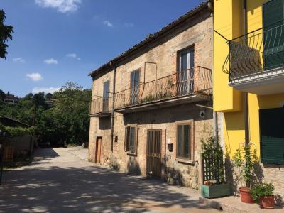 Vai alla scheda: Casa Semindipendente Vendita - Avellino (AV) | Contrada Chiaire - Rif. 8149