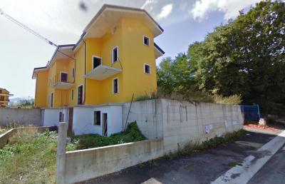 Vai alla scheda: Villa a schiera Vendita - Aiello del Sabato (AV) - Rif. 8353