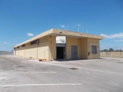 Vai alla scheda: Locale Commerciale Affitto - San Tammaro (CE) - Rif. 2000CP