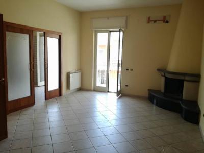 Vai alla scheda: Appartamento Vendita - Casoria (NA) | Via Duca d'Aosta - Rif. 7984