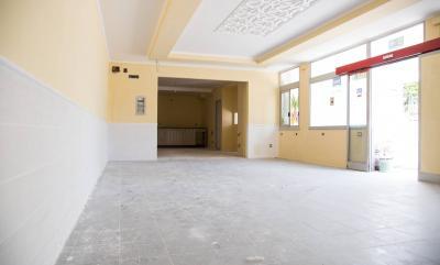 Vai alla scheda: Locale Commerciale Affitto - Nola (NA) - Rif. 8104
