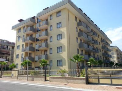 Vai alla scheda: Appartamento Affitto - San Nicola la Strada (CE) | Ex S.Gobain - Rif. 5t