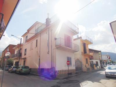 Vai alla scheda: Casa indipendente Vendita - Baiano (AV) - Rif. 8164