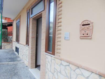 Vai alla scheda: Appartamento Affitto - Baiano (AV) - Rif. 8500