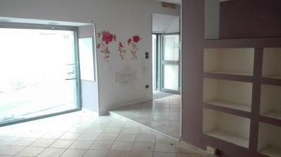 Vai alla scheda: Locale Commerciale Affitto/Vendita - Bellona (CE) - Rif. 7420