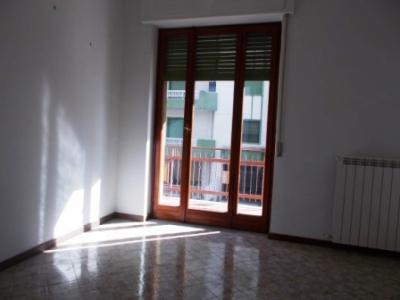 Vai alla scheda: Appartamento Affitto - Santa Maria Capua Vetere (CE) | Zona Corso - Rif. 400PR