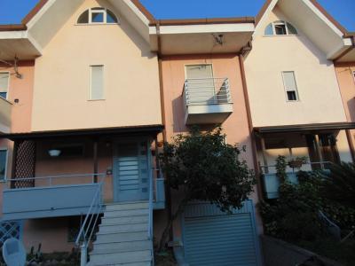 Vai alla scheda: Villa a schiera Vendita - Sirignano (AV) - Rif. 3516
