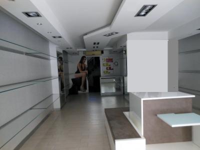 Vai alla scheda: Locale Commerciale Affitto - Nola (NA) - Rif. 8098