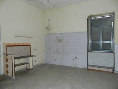 Vai alla scheda: Appartamento Vendita - Afragola (NA)   Centro Storico - Rif. 8234