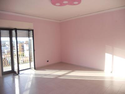 Vai alla scheda: Appartamento Affitto - Arzano (NA) - Rif. 8014