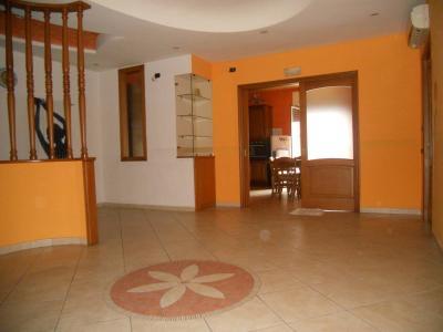 Vai alla scheda: Appartamento Vendita - Casoria (NA) | Sannitica - Indipendenza - Rif. 8016