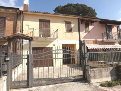 Vai alla scheda: Villa a schiera Vendita - Montefredane (AV) - Rif. 8421