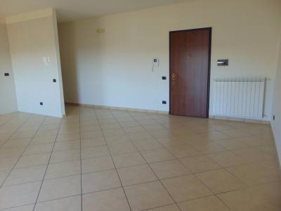 Vai alla scheda: Appartamento Affitto - Santa Maria Capua Vetere (CE) - Rif. 55 LQ