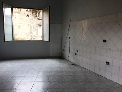 Vai alla scheda: Appartamento Affitto - Afragola (NA) | Piazza Ciampa - Rif. 8246