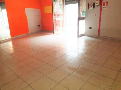 Vai alla scheda: Locale Commerciale Affitto - Cicciano (NA) - Rif. 8405