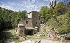 Vai alla scheda: Rustico / Casale / Corte Vendita - San Gimignano (SI) - Rif. 8439