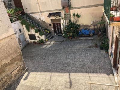 Vai alla scheda: Casa Semindipendente Affitto - Avella (AV) - Rif. 8598