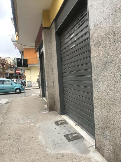 Vai alla scheda: Locale Commerciale Affitto - Afragola (NA) | Campo Sportivo - Rif. 8268