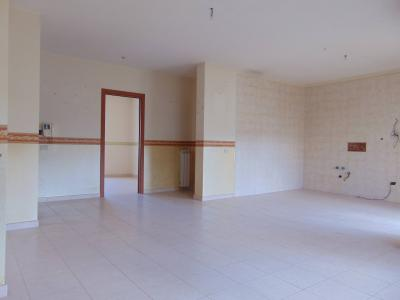 Vai alla scheda: Appartamento Vendita - San Prisco (CE) | Zona Piscina - Rif. 140-SP