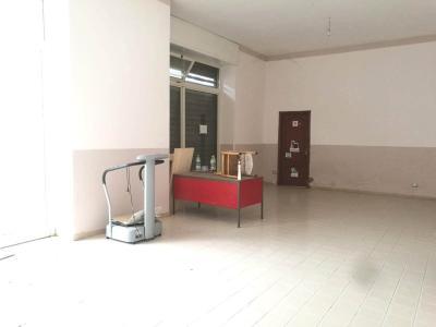 Vai alla scheda: Locale Commerciale Affitto - Atripalda (AV) - Rif. 8472