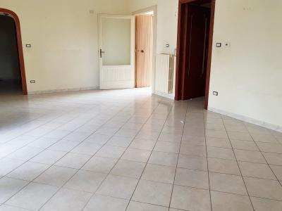 Vai alla scheda: Appartamento Affitto - Comiziano (NA) - Rif. 8443