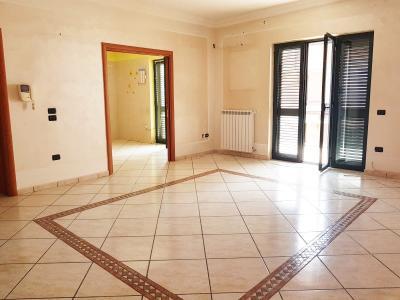 Vai alla scheda: Appartamento Affitto - Camposano (NA) - Rif. 8444