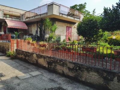 Vai alla scheda: Villa singola Vendita - Comiziano (NA) - Rif. 184329