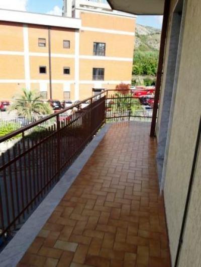 Vai alla scheda: Appartamento Affitto - Caserta (CE) | Caserta 2 (Centurano) - Rif. 400vr