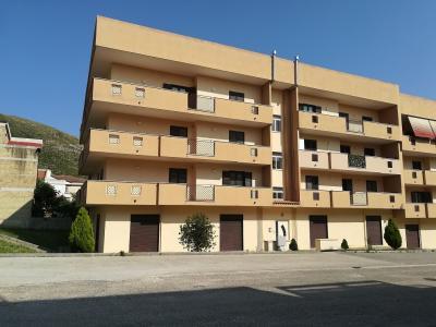 Vai alla scheda: Locale Commerciale Vendita - Bellona (CE) - Rif. 45BELLONA