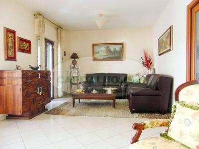 Vai alla scheda: Villa a schiera Vendita - San Prisco (CE) | Zona Piscina - Rif. 330.SP