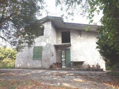 Vai alla scheda: Casa indipendente Vendita - Aiello del Sabato (AV) - Rif. 8498