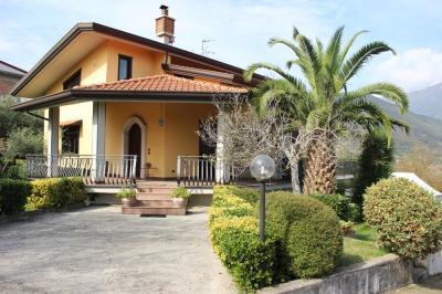 Vai alla scheda: Villa singola Vendita - Monteforte Irpino (AV) | Aldo Moro - Rif. 1462