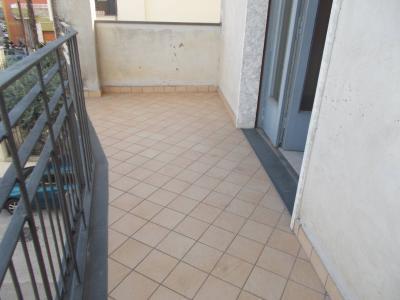 Vai alla scheda: Appartamento Affitto - San Prisco (CE) | Zona Centrale - Rif. 400CT1