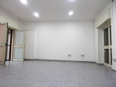 Vai alla scheda: Locale Commerciale Affitto - Santa Maria Capua Vetere (CE) | Zona Ufficio - Rif. 270L