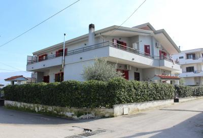 Vai alla scheda: Villa singola Vendita - San Gennaro Vesuviano (NA) - Rif. 8057