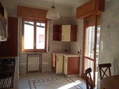 Vai alla scheda: Appartamento Affitto - Caserta (CE)   Centro - Rif. 450 vr