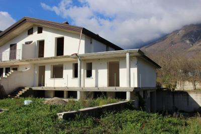 Vai alla scheda: Villa a schiera Vendita - Mercogliano (AV) - Rif. 601