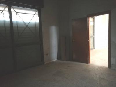 Vai alla scheda: Locale Commerciale Affitto - Casoria (NA) | Sannitica - Indipendenza - Rif. V8204