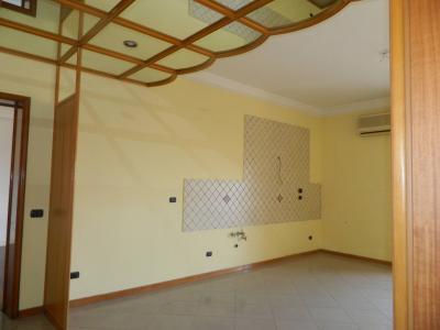 Vai alla scheda: Appartamento Vendita - Afragola (NA)   Corso Vittorio Emanuele - Rif. 8338