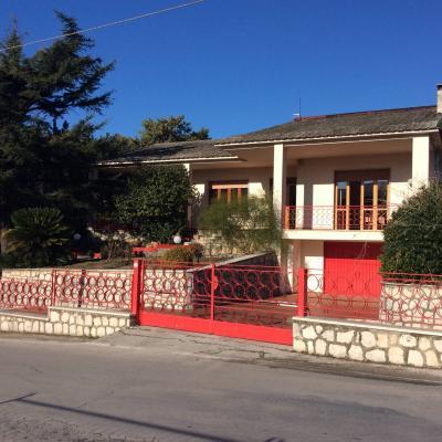 Vai alla scheda: Villa singola Affitto - Avella (AV) - Rif. 8705